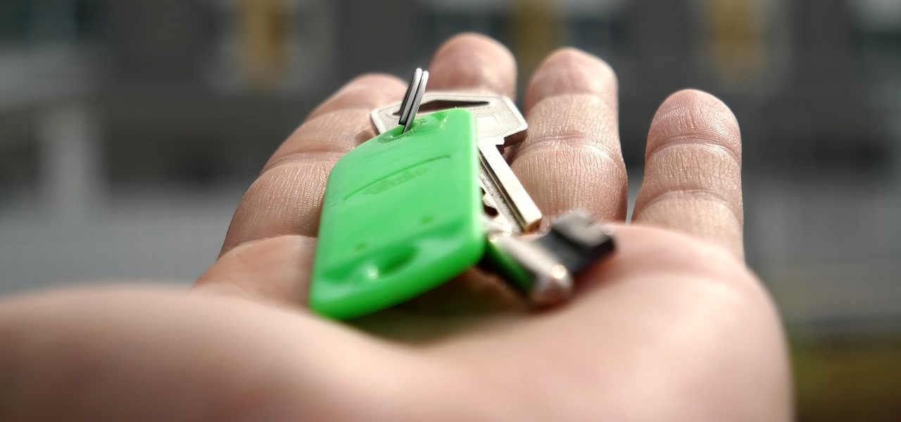 What are the Common Questions People Have When Renting a Home in Montreal?